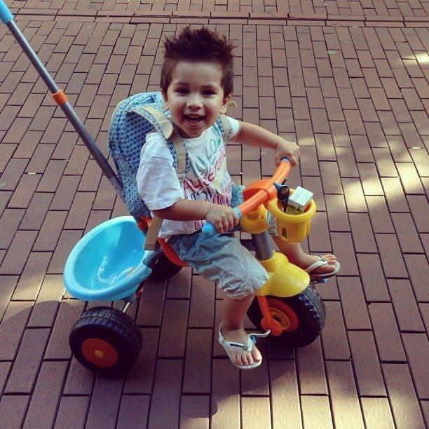 5. Jessey op de fiets