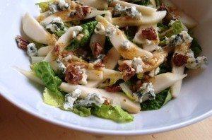 5x echt herfst_recepten_salade met peer en roquefort