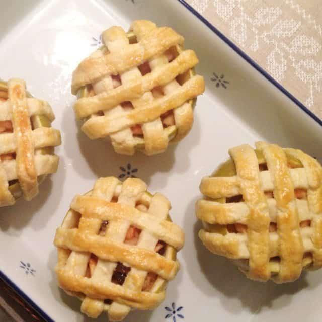 binnenstebuiten appeltaartjes - francesca kookt