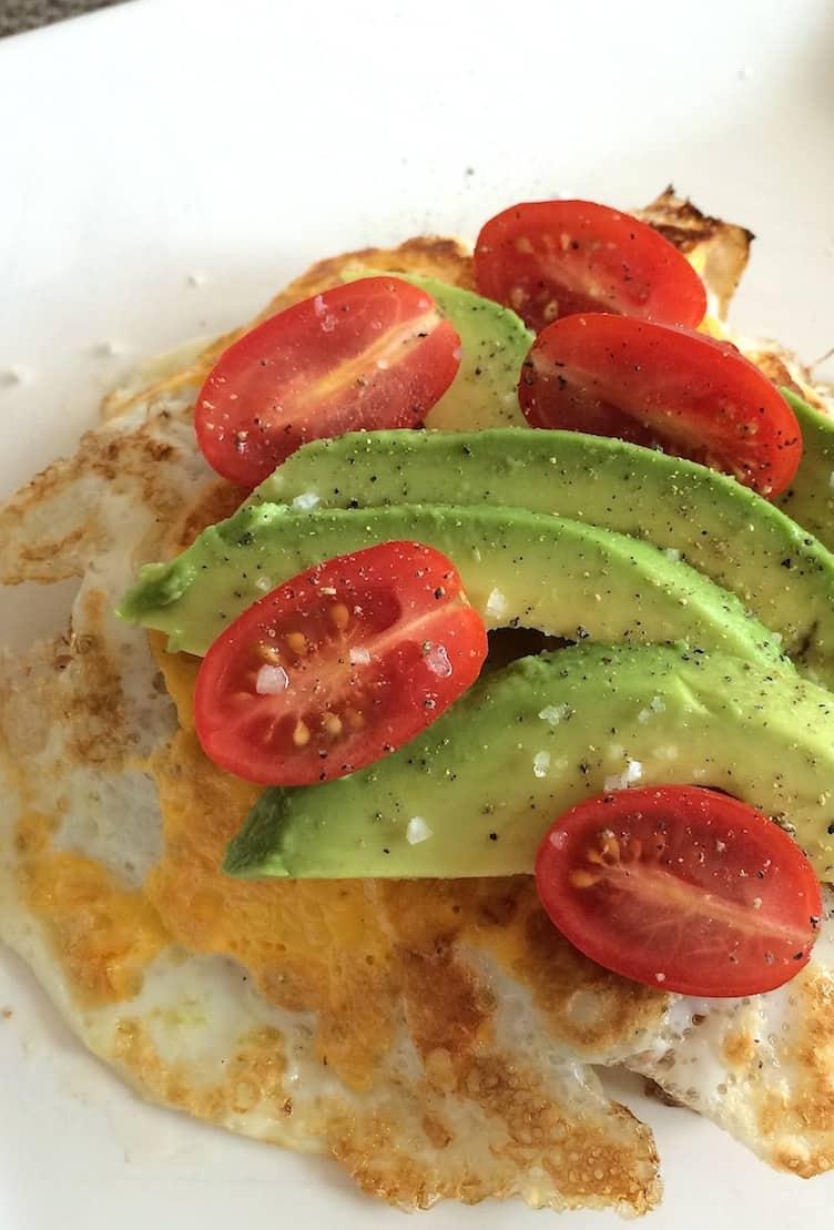 Broodje ei met avocado en tomaat_2