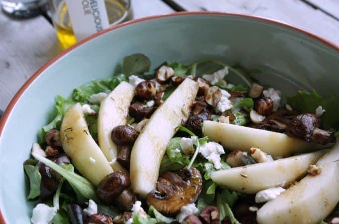 Francesca-Kookt_Foodelicious_snelle-maaltijdsalade-boordevol-hazelnoten_1_uitgelicht-682