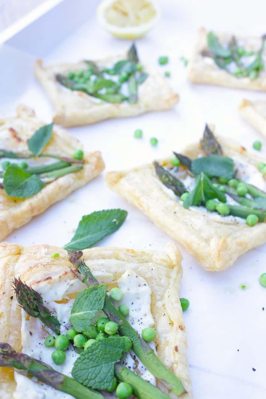 Francesca Kookt_Lentetaartjes met groene asperges, munt en doperwten_2