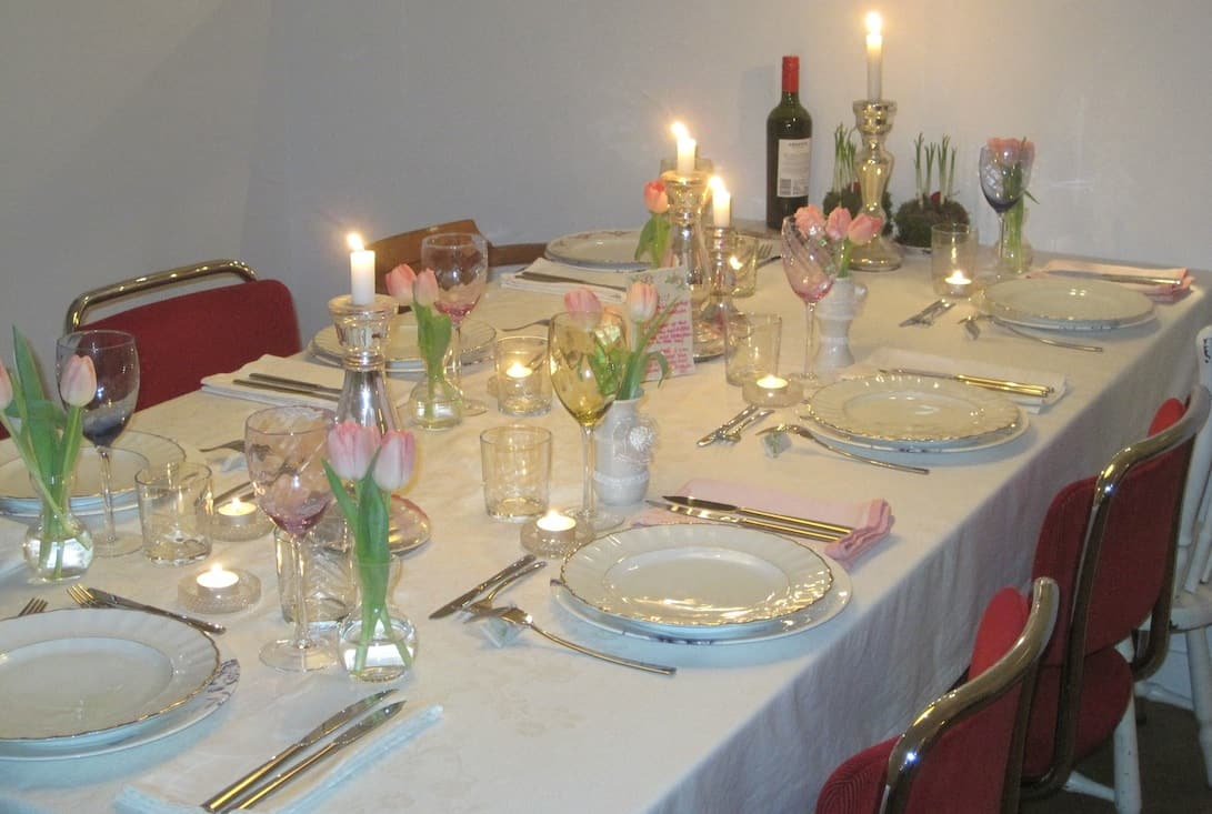 Dek je tafel met lindustry en win linnen servetten francesca kookt - Hoe ze haar woonkamer te versieren ...