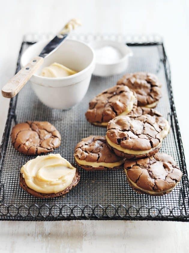Francesca Kookt_koekjes bakken voor mama_salted caramel brownie sandwich koekjes