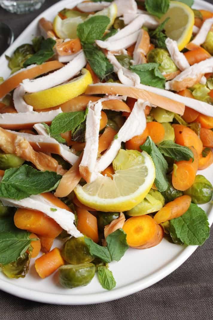 Geroosterde spruitjes en wortel met kip_2