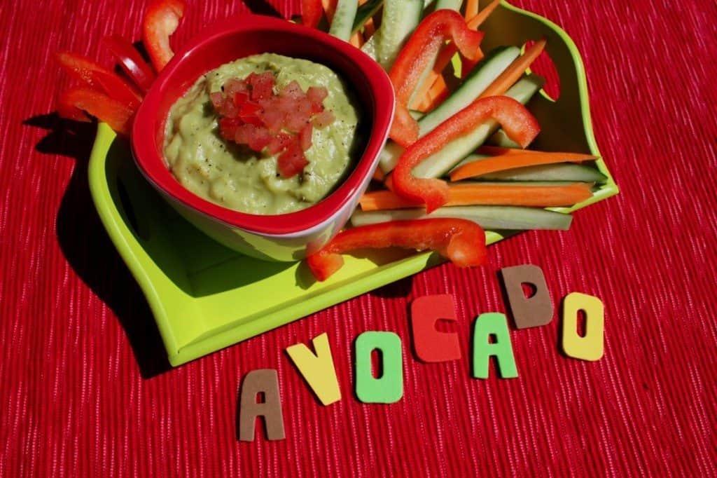 Groente met baby guacamole dip_2