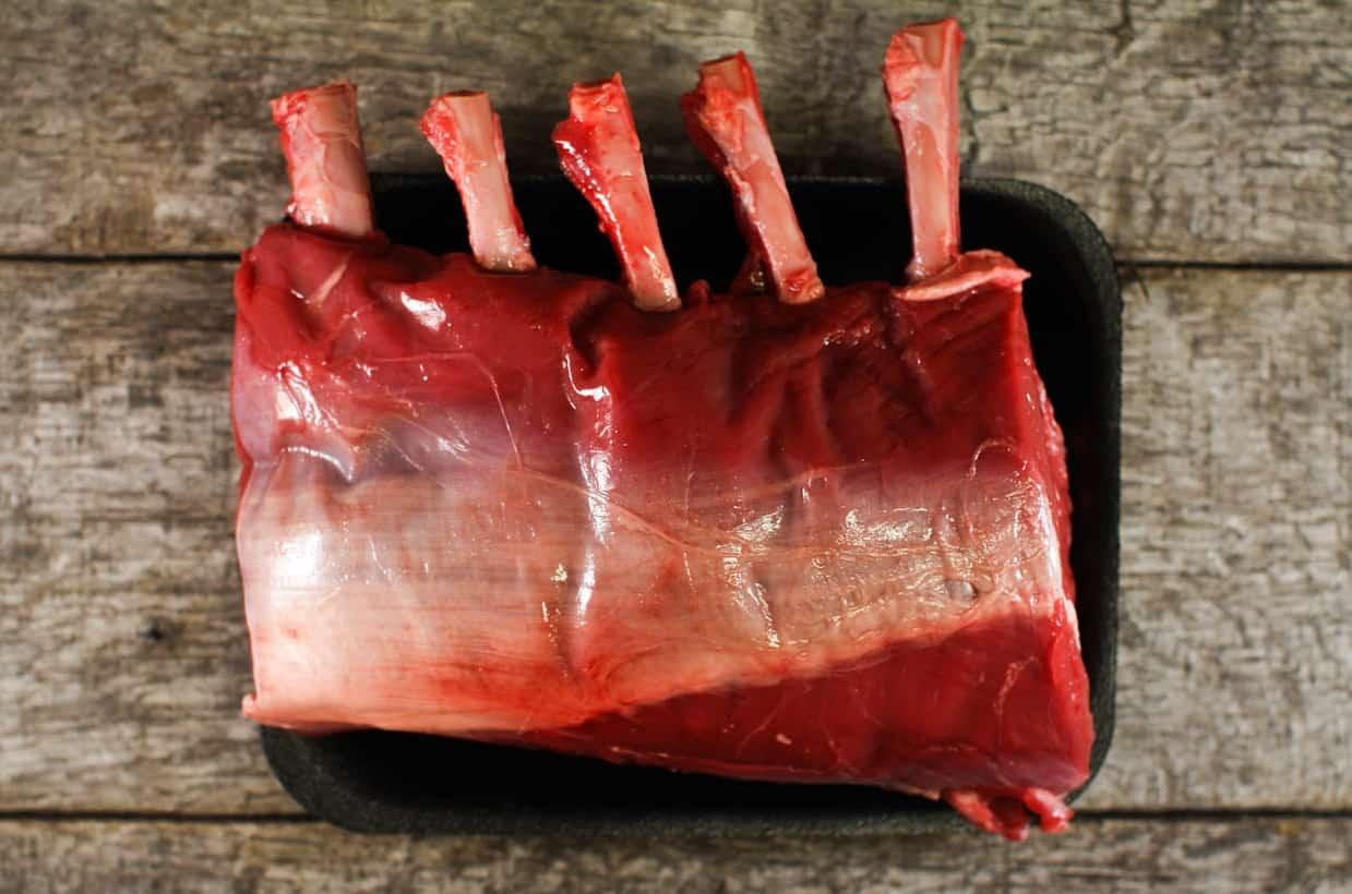 Groot stuk vlees met kerstmis_hertenrack