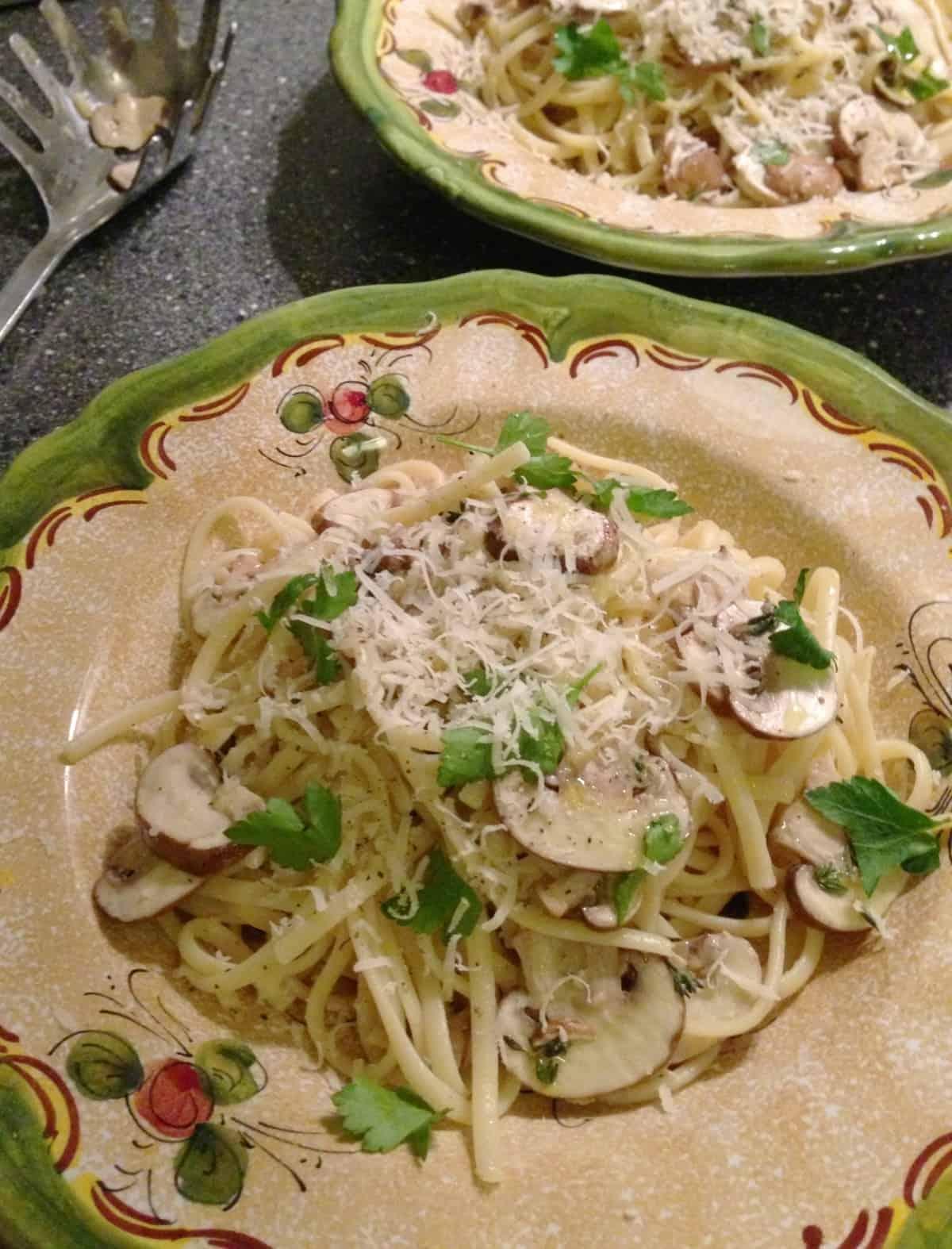 Linguine met champignons, citroen, knoflook en tijm1