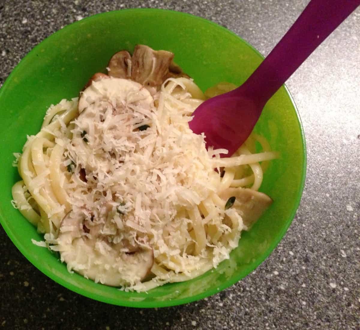 Linguine met champignons, citroen, knoflook en tijm3