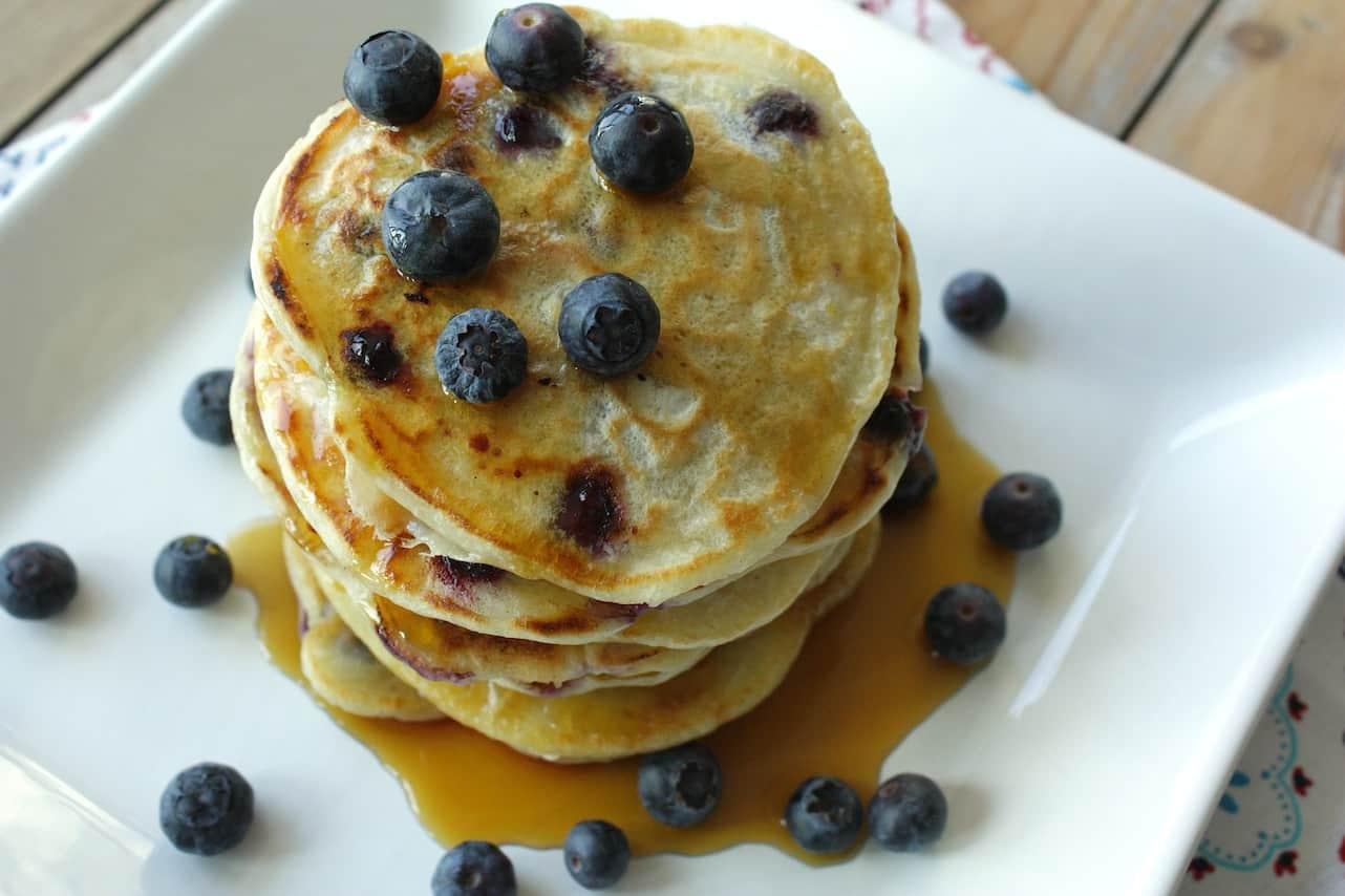 Pancakes met karnemelk en bessen_1