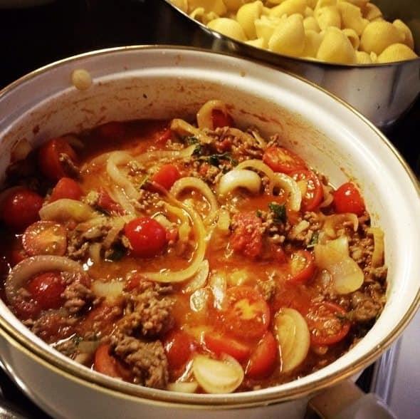 Pasta met gehakt, ui en tomaat_3