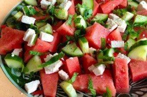 Salade-met-watermeloen-feta-en-munt_uitgelicht_1-680x450