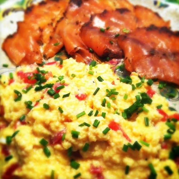 Scrambled eggs met gerookte zalm_2