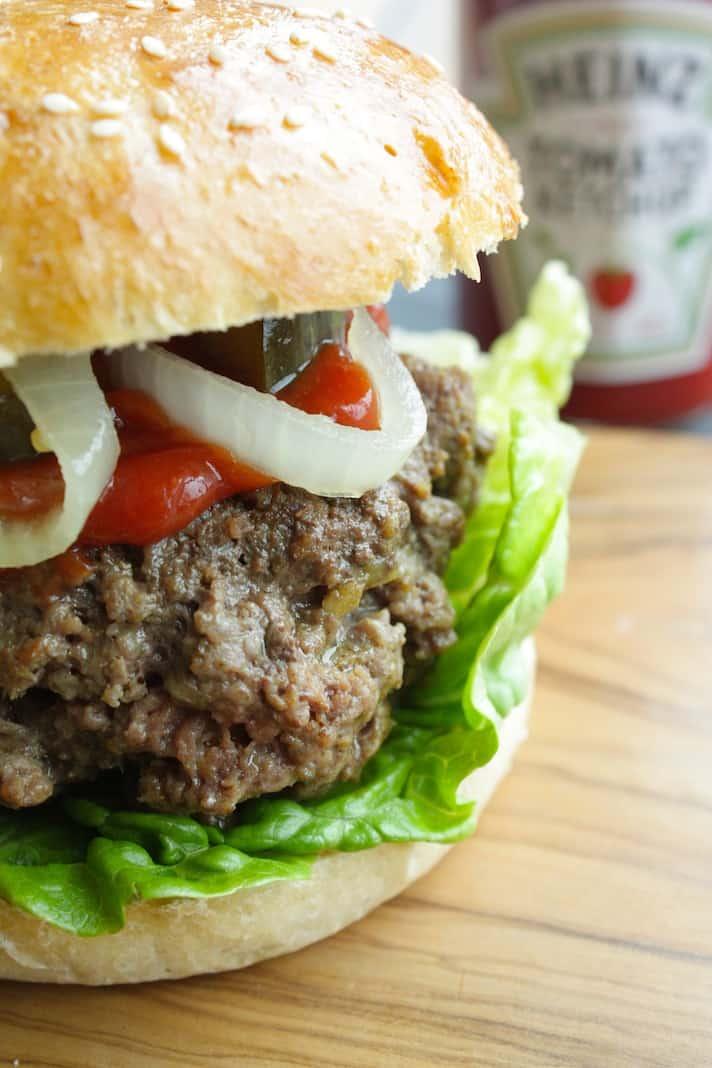 Surinaamse burger 3