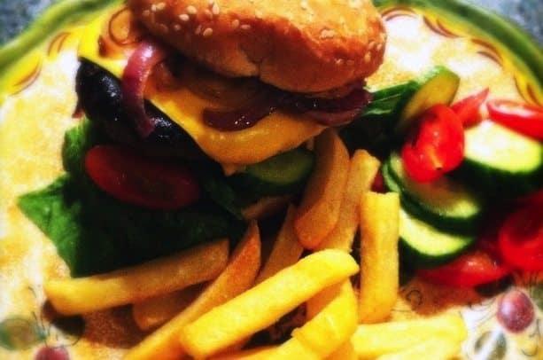 cheeseburger-640x450