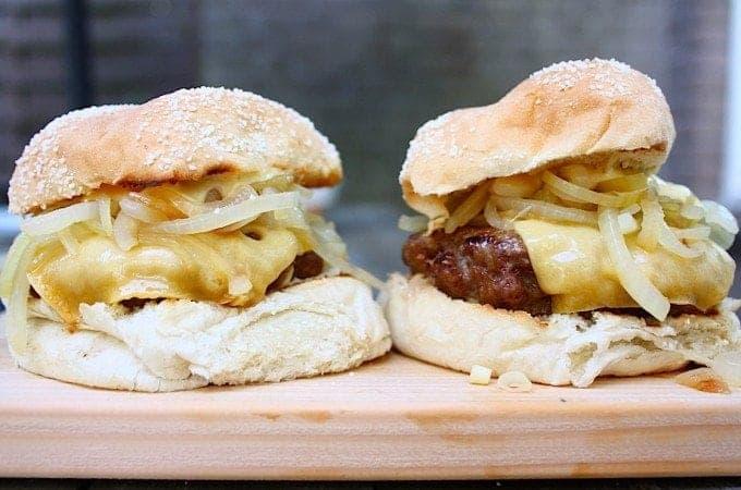 franse-uien-burger-met-old-amsterdam-5-680x450