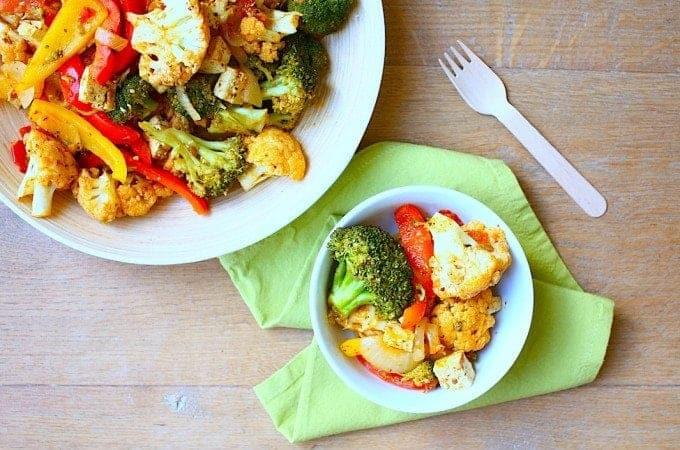 jalfrezi-wokschotel-met-tofu-en-gestoomde-groenten-2-680x450