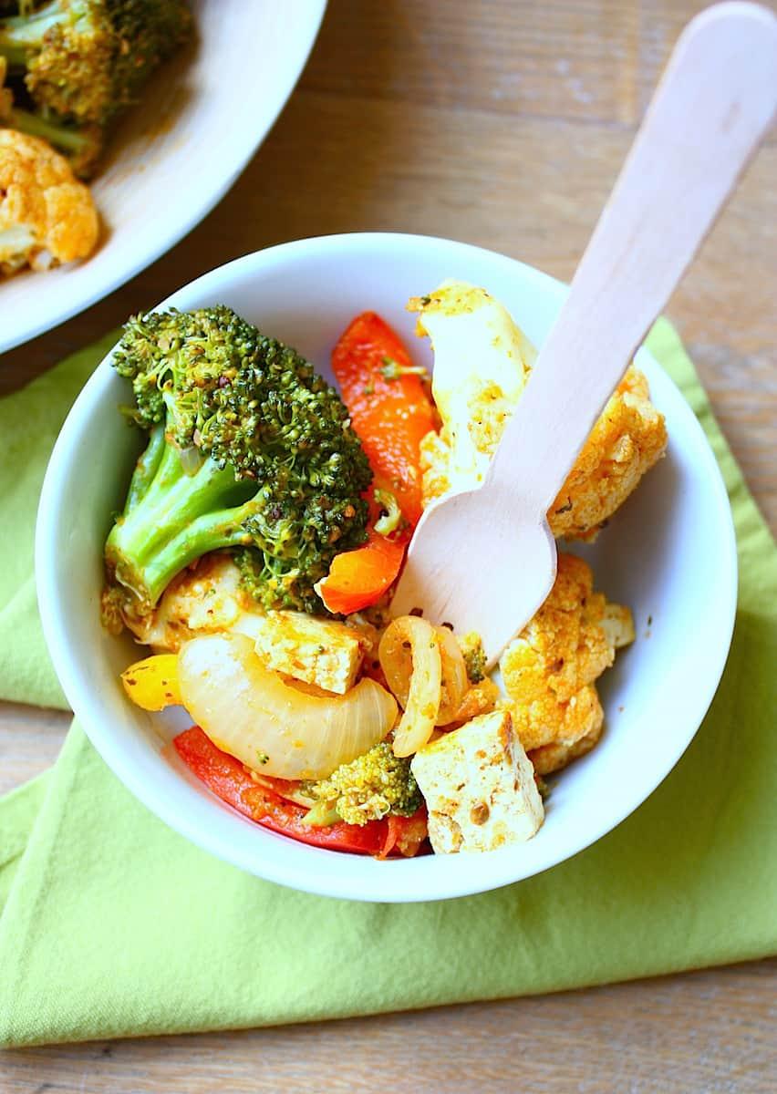 jalfrezi-wokschotel-met-tofu-en-gestoomde-groenten-3