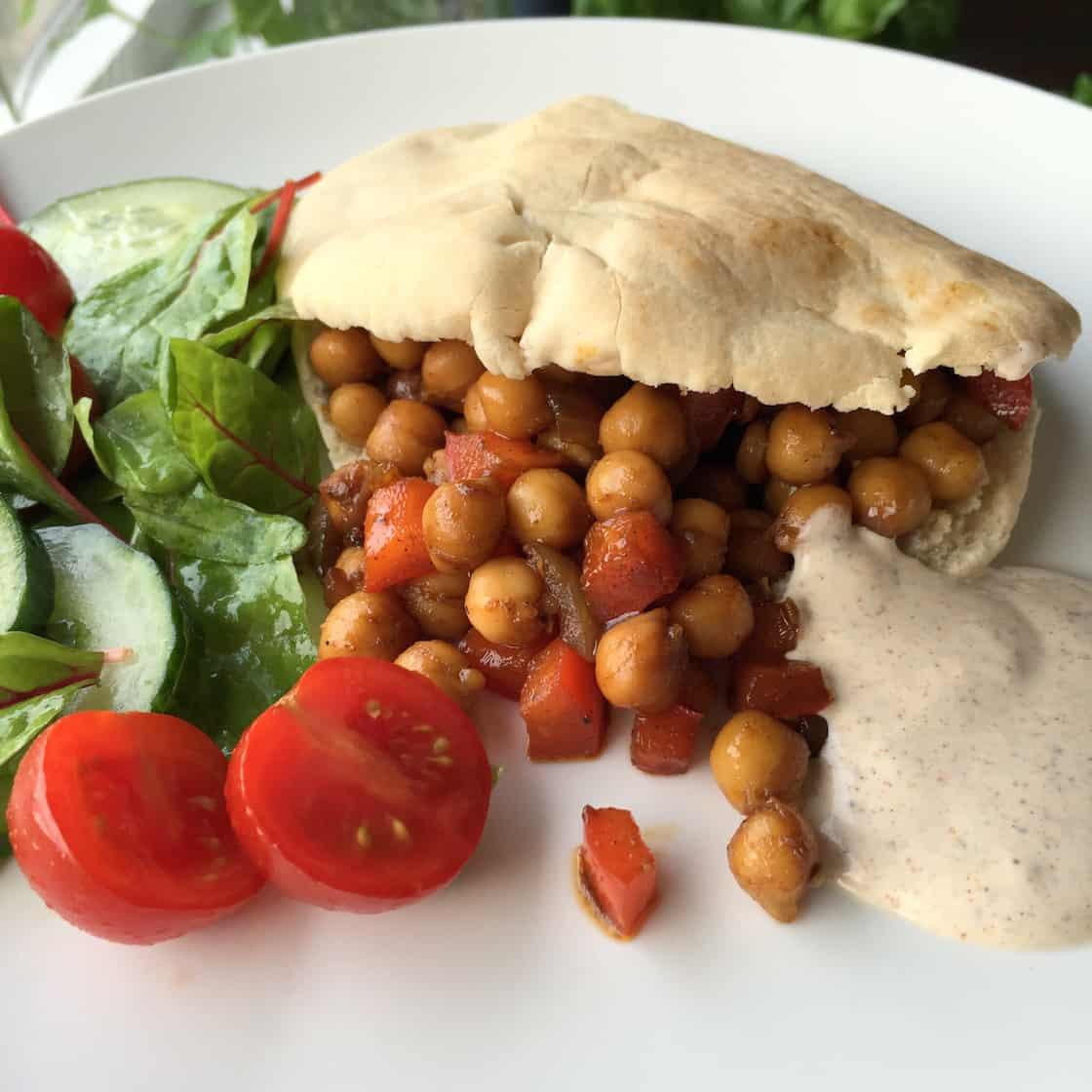 kikkererwten-pita-vegatopia-kookboek-2