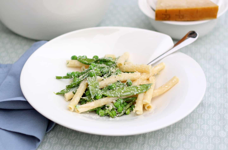 pasta-met-peultjes-doperweten-en-groene-asperges-2