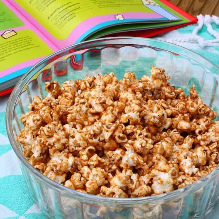 pindakaas-popcorn-ella's-kitchen-kookboek-1
