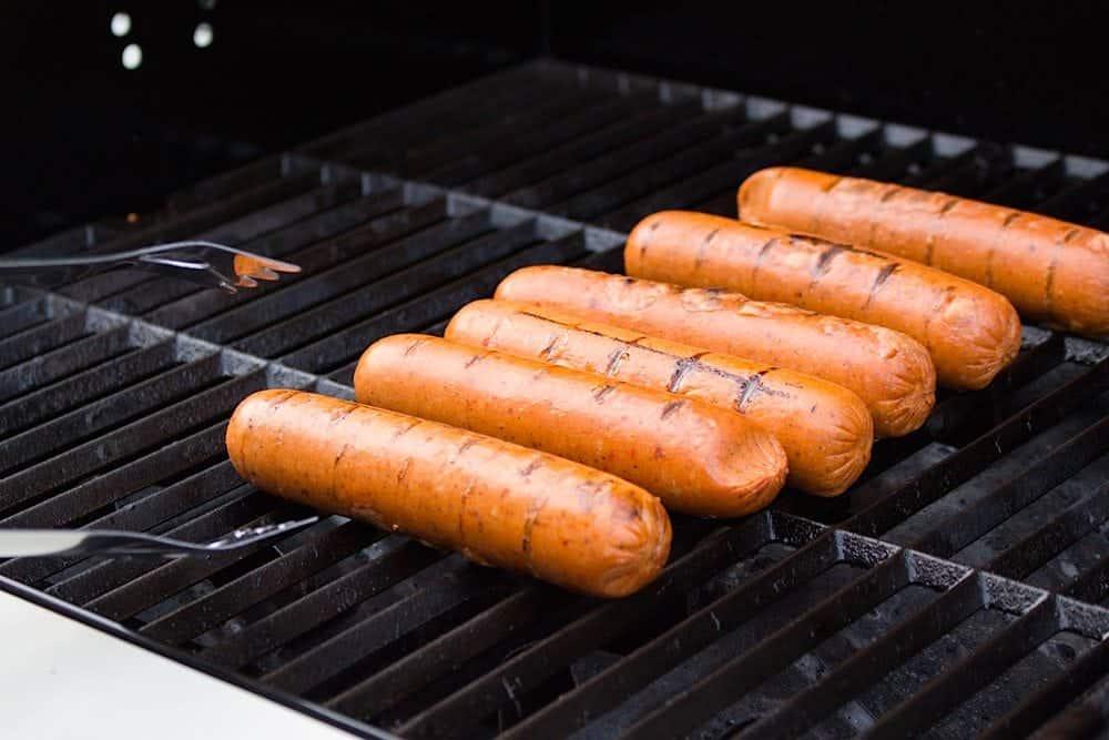 vegetarische-tropische-hotdogs-van-de-bbq-2
